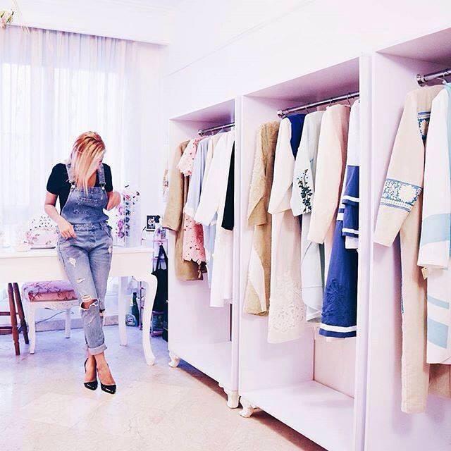 Girls private boutique in Tehran
