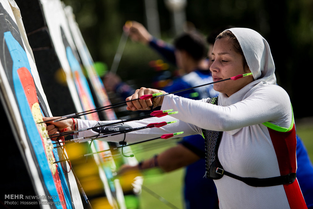 Iranian girl archers training for Olympic qualification