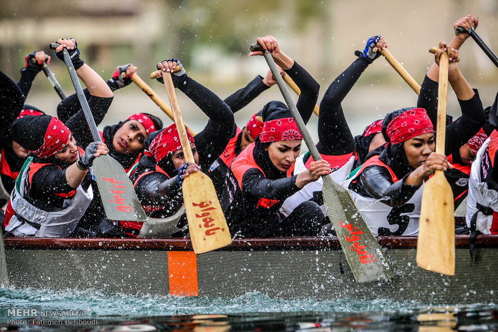 Photo Report: IRANIAN girls dragon boat competitions