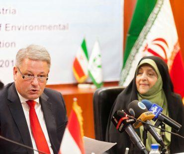 Austria, Iran sign environment coop. MoU