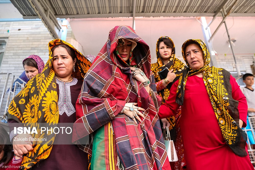 Among the Turkmen special wedding customs that remained from the distant past.