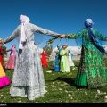 All over Iran on World Tourism Day, Iranian nomads