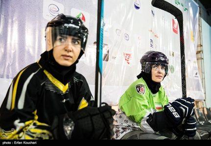 Iran girls national inline hockey training-Photo