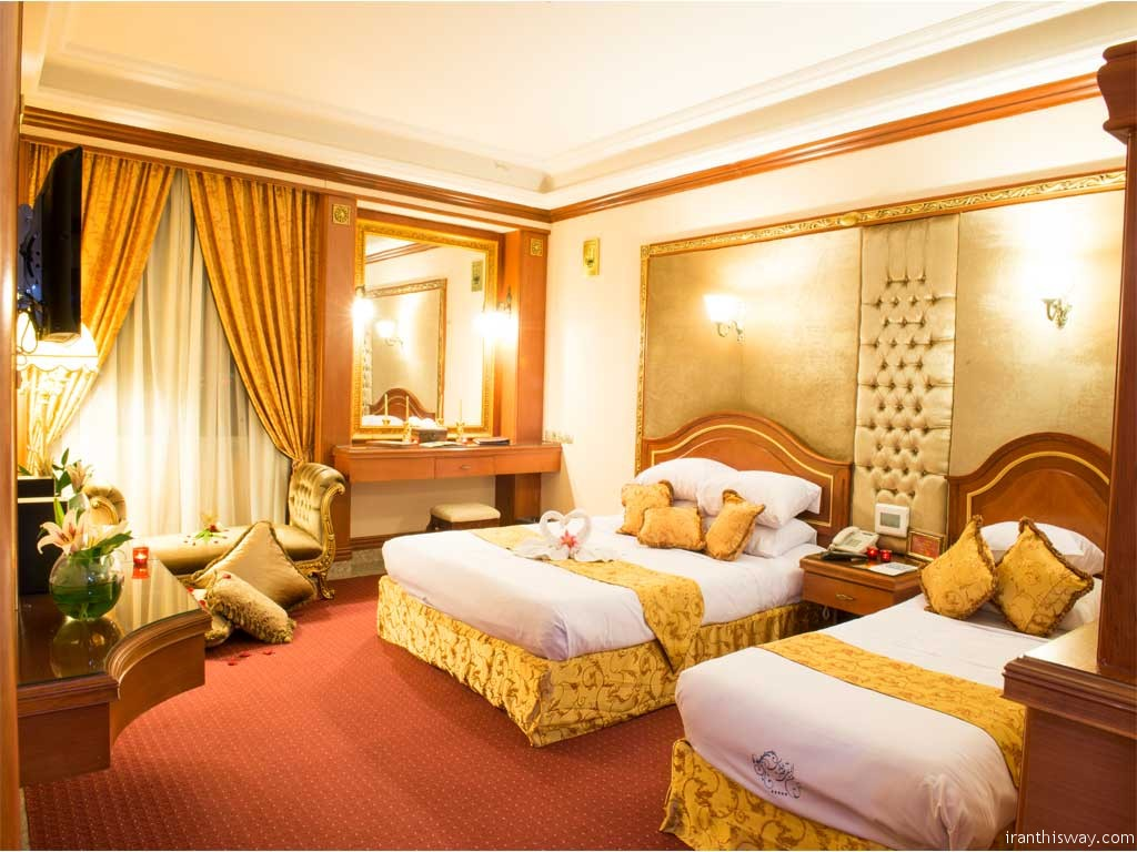 Ghasr Talaee International Hotel™ is one of the luxurious hotel in Iran, due to its pleasant environment and superior quality of service.