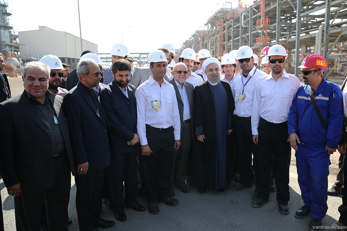 President Rouhani inaugurates three oilfields