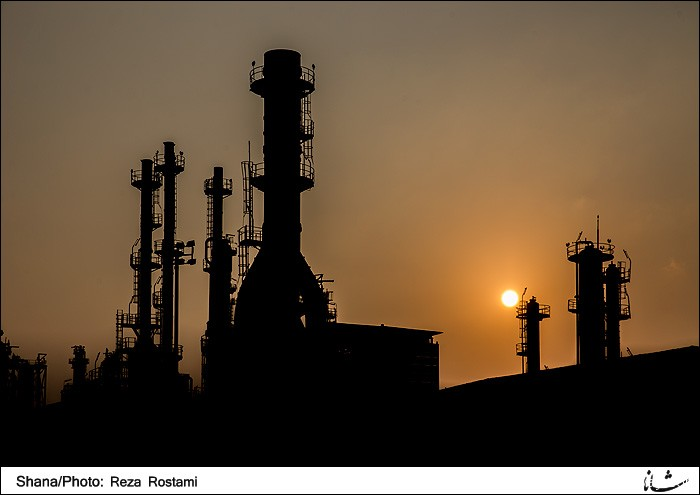 Iran's crude oil price up $1.8 in a week
