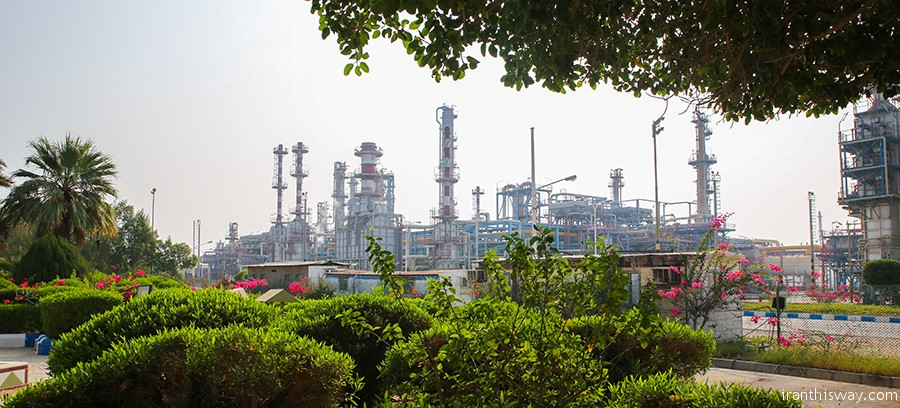 Photo: Iran's Lavan Oil Refinery