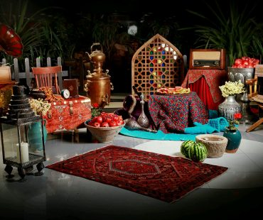 Iranians gathering on Yalda Night