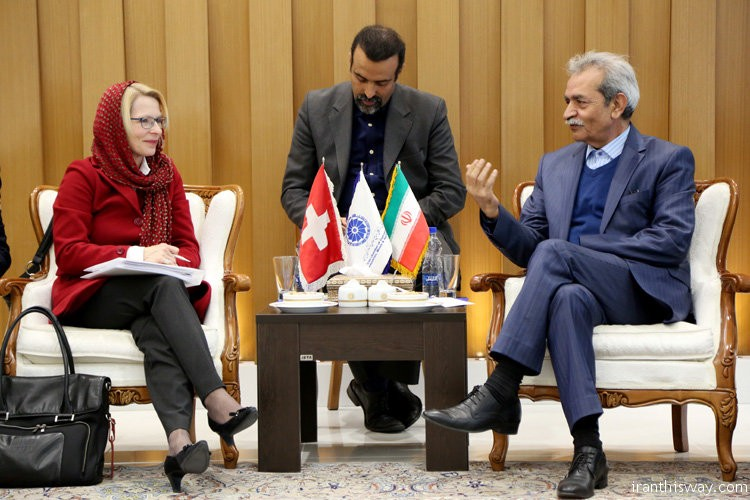 Former Swiss ambassador to Iran, Livia Leu Agosti (L), has voiced her country's willingness for boosting economic cooperation between Iranian and Swiss small and medium-sized enterprises (SMEs), Iran Chamber of Commerce, Industries, Mines and Agriculture (ICCIMA) portal reported.