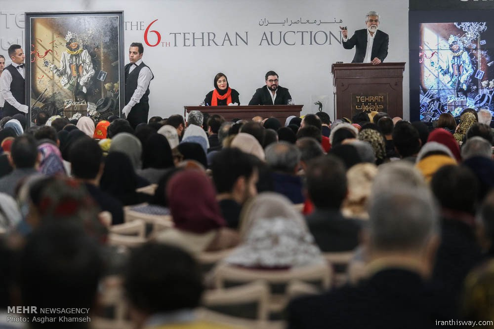 Photo: Tehran 6th artwork auction $3 million sold