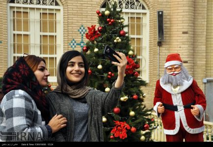 Photo: Christmas preparing in Isfahan