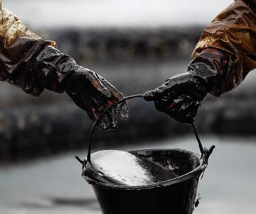 Lukoil looking oil swap with Iran