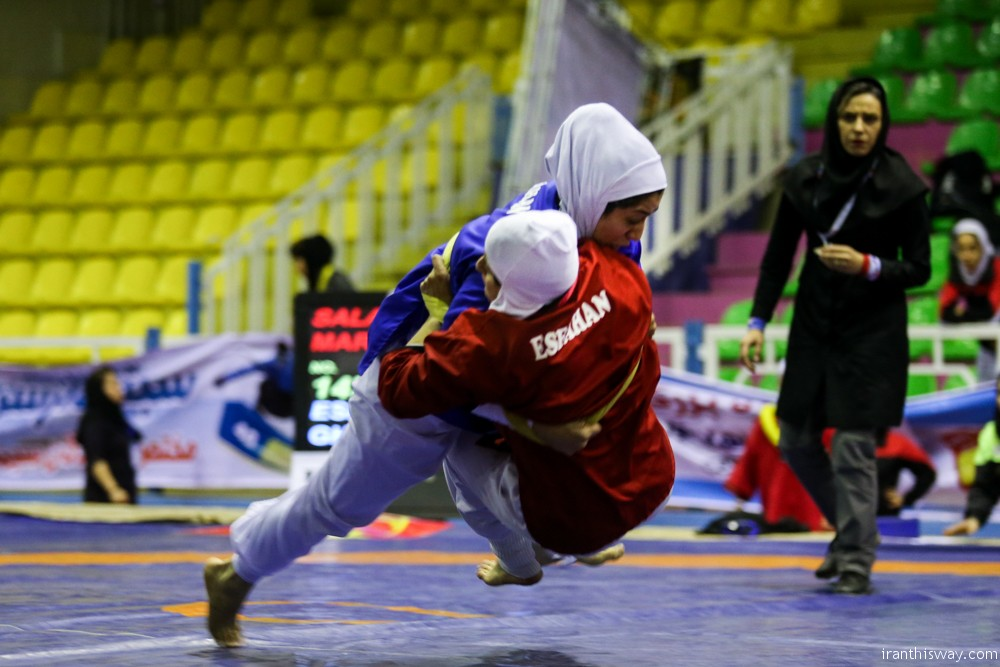 Photo: Iran women alish wrestling championships