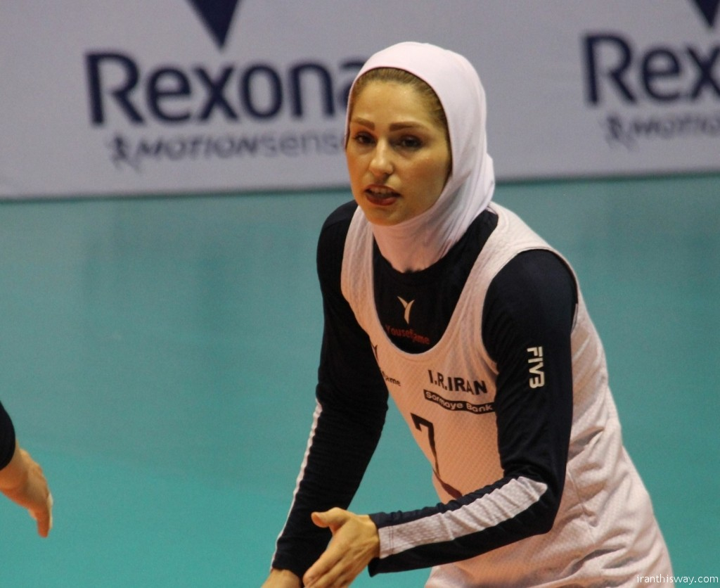 Iranian woman volleyball player Zeinab Ali Giveh will most likely join club Shumen W.