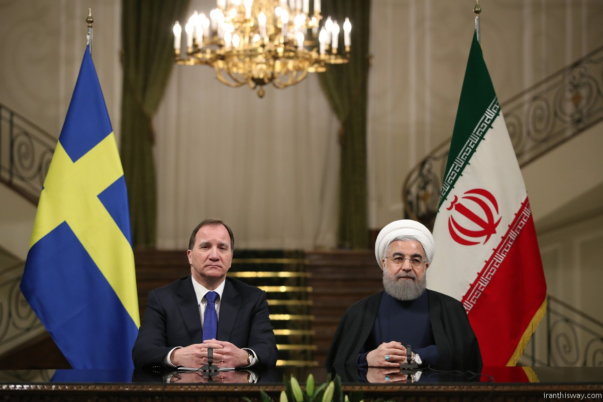 President Rouhani officially welcomed Swedish Prime Minister Stefan Löfven at Sa'dabad Palace on Saturday. Löfven has arrived in Tehran on Friday night.