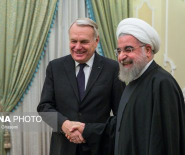 Photo: French FM in Tehran