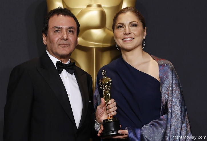 "89th Academy Awards - Oscars Backstage - Hollywood, California, U.S. - 26/02/17 - Anousheh Ansari and Firouz Naderi pose with the Oscar they accepted on behalf of Asghar Farhadi, who won the Best Foreign Language Film for ""The Salesman"". REUTERS/Lucas Jackson - RTS10HRL"