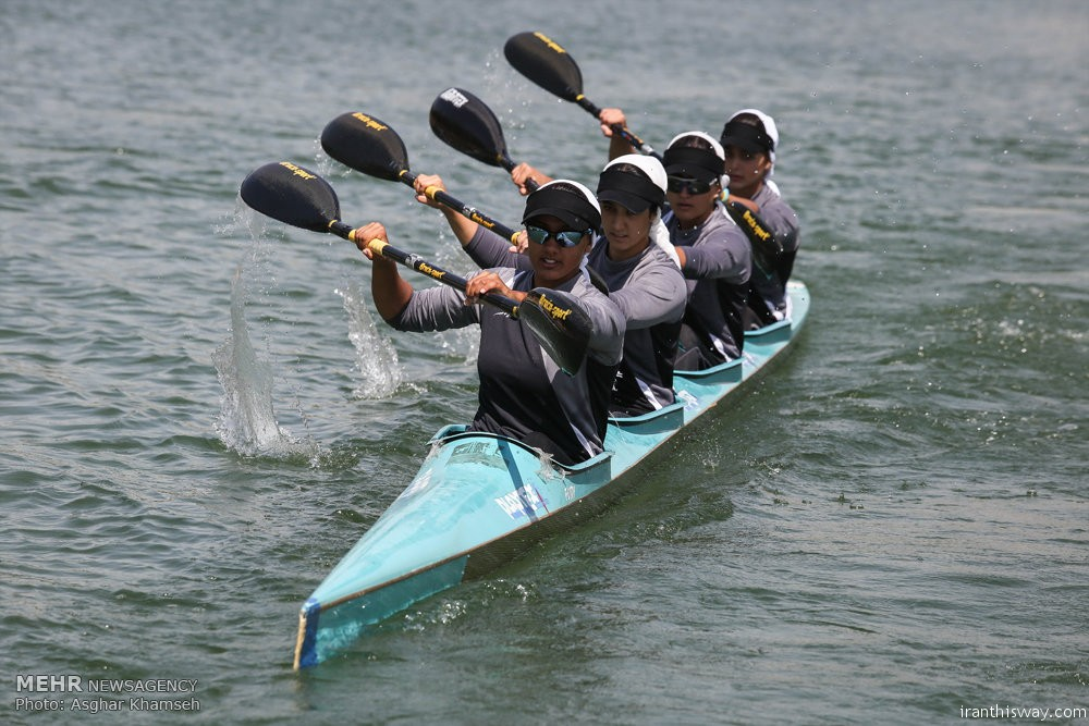 Photo: Iranian women kayaking pro league