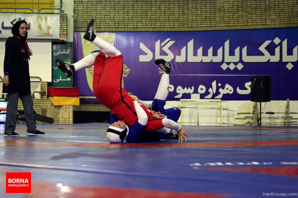 Photo: The first Iranian women wrestling league