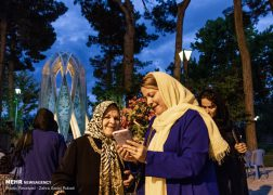 Iranians celebrate birth anniv. of Omar Khayyam