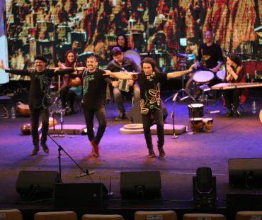 Exclusive  Online concerts bring musical joy to Iranian families in coronavirus lockdown